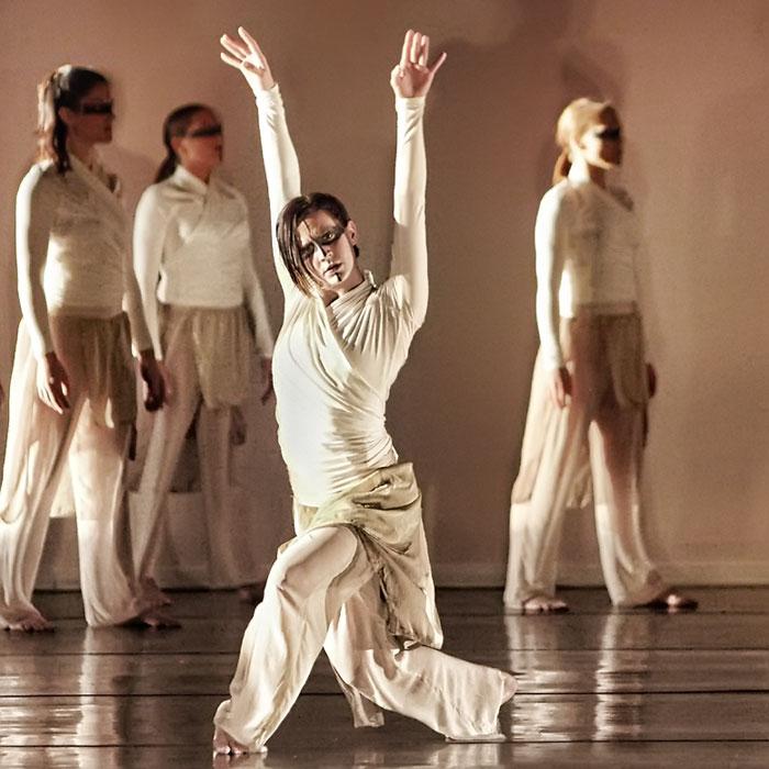 Dance Instructor Bios - Polaris Dance Theatre